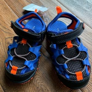 NWT Carter's Sandals - 7Y